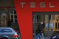 特斯拉高配Model S超补贴门槛 德国要求车主退还补贴