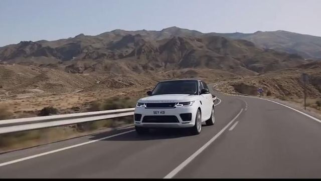 SUV对决2018 Lexus LX 570 vs 2018 Range Rover Sport