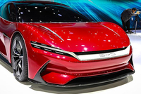 零百加速2.9秒 飞驰赛道 高清实拍比亚迪 e-SEED GT