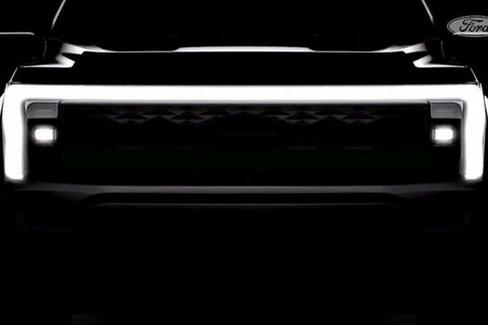 """电动福特F-150皮卡或重启""""闪电""""徽标"""