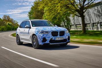 宝马在欧洲开启氢燃料版X5 SUV测试