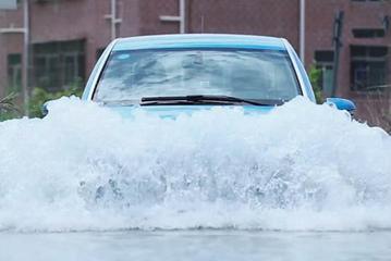 电动车涉水会触电吗?雨天电车怎么开?
