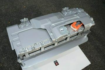 丰田新款Aqua混动车型 搭双极镍氢电池