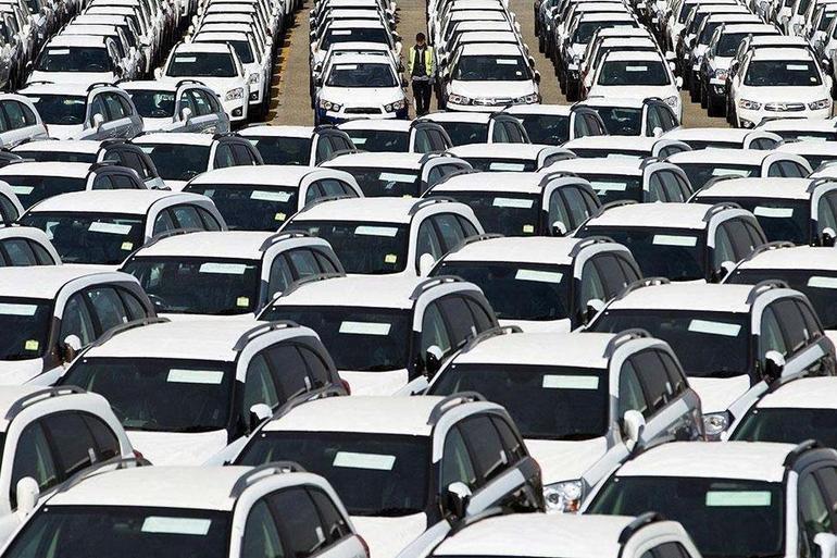 国内车市10月销量两位数下降 市场分化加速淘汰