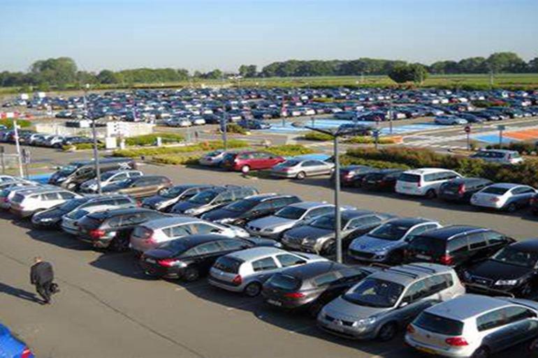 """印度汽车销量遭遇20年来最大跌幅,全球第四大汽车市场""""熄火""""了?"""