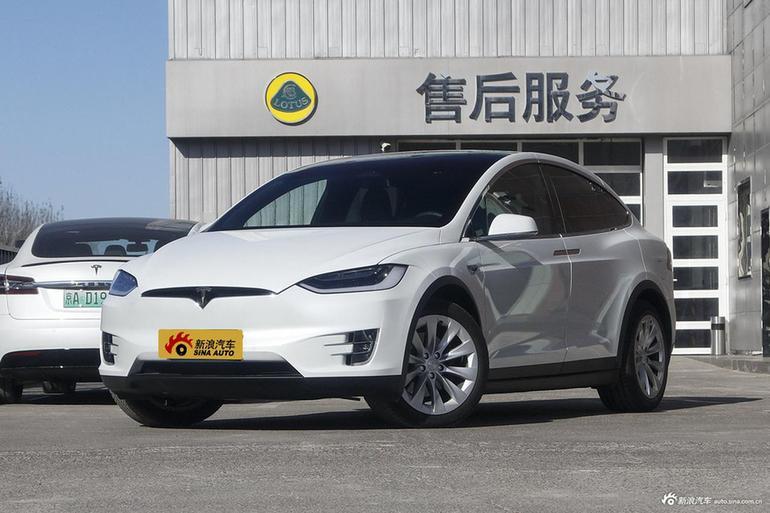 特斯拉正升级自动驾驶可视化技术 以识别周围各种车型