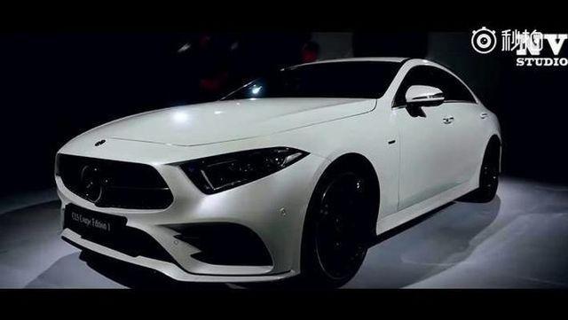 视频:全新2019梅赛德斯奔驰CLS 450 3.0