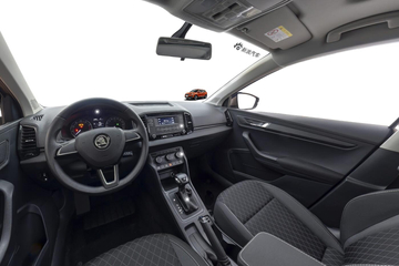 全景看车|科技配置足/安全不含糊 10万紧凑SUV 柯珞克
