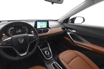2017款宝骏510 1.5L自动豪华型