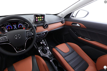 2016款绅宝X35 1.5L 自动尊贵版