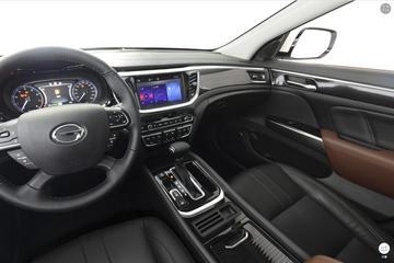 2017款传祺GS7 320T 两驱豪华型