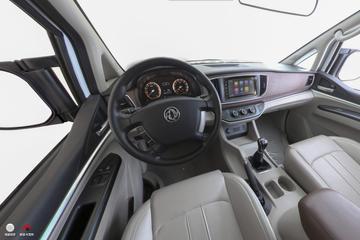 2017款菱智M5 1.6L手动豪华型