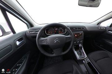 2018款雪铁龙C4世嘉1.6L自动豪华型