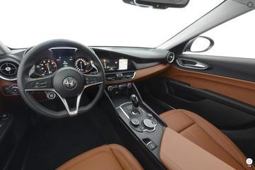 2017款阿尔法·罗密欧-Giulia 280HP豪华版