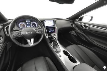 2017款英菲尼迪Q60 S 2.0T 豪华运动版