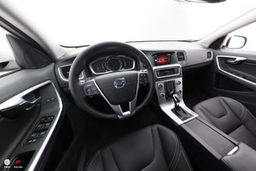 2017款沃尔沃V60 T5 智尊版