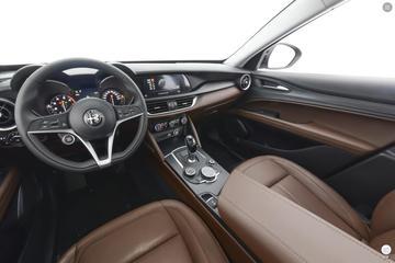 2017款阿尔法·罗密欧-Stelvio 200HP豪华版