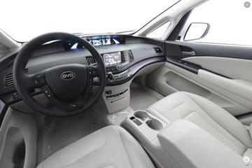 2017款比亚迪e6 400 尊贵版