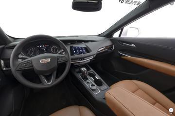 全新凯迪拉克XT4风尚版