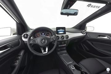 2017款奔驰B级 B200 动感型