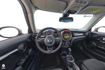 2017款MINI 2.0T COOPER S 赛车控