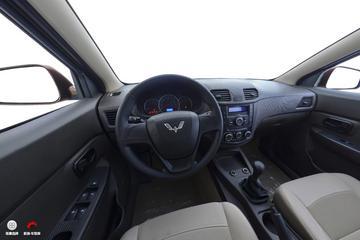 2016款五菱宏光 1.5L S舒适型