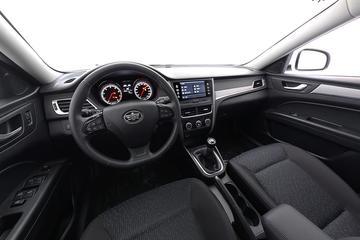 2017款 奔腾B30 1.6L 手动豪华型