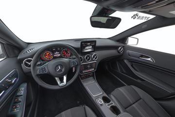 奔驰A级 2018款 A 200 时尚型