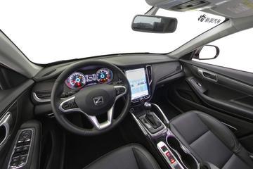 2017款众泰SR7  1.5T CVT 魔方之心版