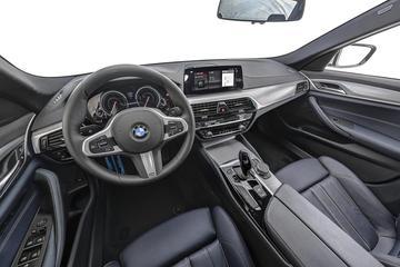 2018款 宝马5系(进口) 525i M运动套装