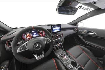 2017款奔驰A级改款AMG A45 2.0T 4MATIC