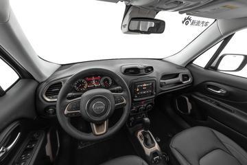 2018款Jeep自由侠 180TS自动四驱全能互联大屏版