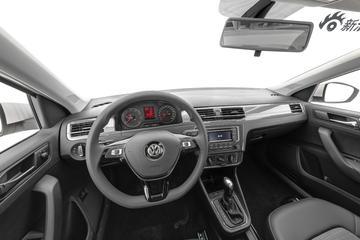 2018款上汽大众桑塔纳1.5L自动舒适版