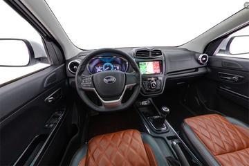 2017款 斯威汽车 斯威X3 1.5T手动时尚版