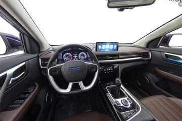 2018款 君马汽车 SEEK5 1.5T 手动领智型