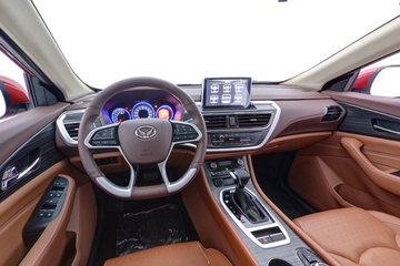 2018款 北汽幻速S7 1.5T自动尊享型