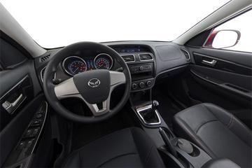 2016款 北汽幻速S2 1.5L 手动创业版