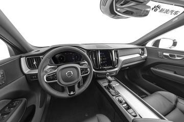 2020款沃尔沃XC60 T5四驱