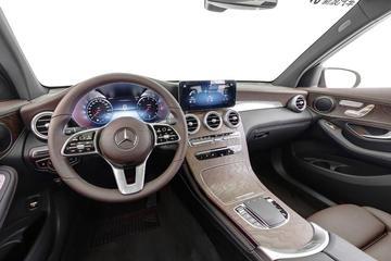 2020款奔驰GLC 2.0T 260L 4MATIC豪华版