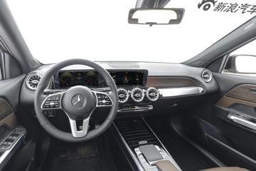 2020款奔驰GLB 1.3T自动 200 动感型