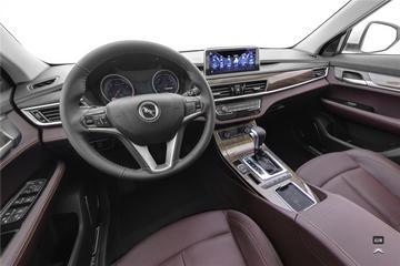 2020款汉腾X5 1.5T自动豪华型5座