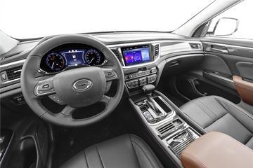 2019款传祺GS7 2.0T两驱豪华型390T
