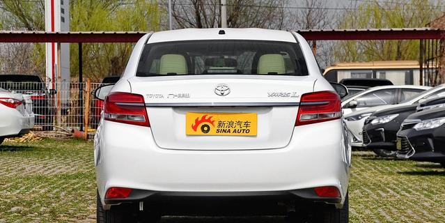 2017款丰田致享1.5L自动锐动版