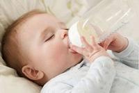 Q1:配方奶喝到多大比较好?