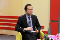 儿科专家杨明科普:妈妈发烧 要暂停哺乳吗