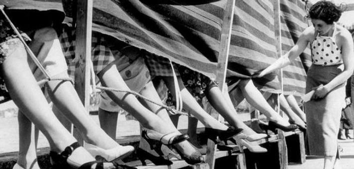 上世纪中期,美国女子竞选最美脚踝