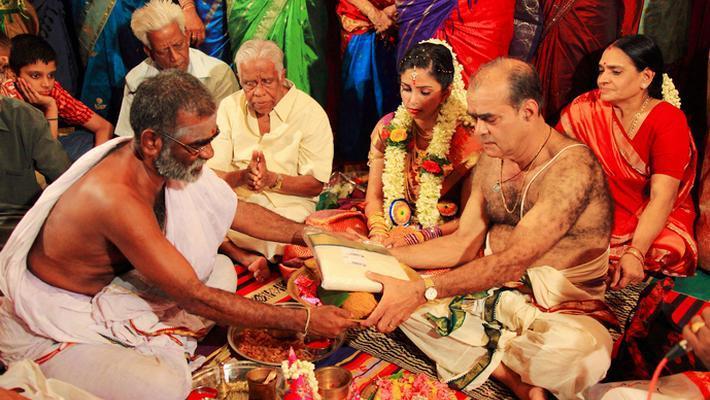 印度人倾家荡产办奢华婚礼