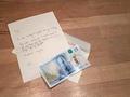5英镑塑胶钞票罕见序号 拍卖成交价逾6万