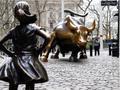 风靡ins站在华尔街公牛对面的无畏女孩藏什么动机