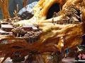 巨型柳木根雕引围观 雕刻《桃花源记》故事